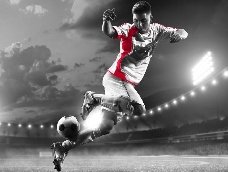Football Predictions: AnalystMaster vs.BingPredicts